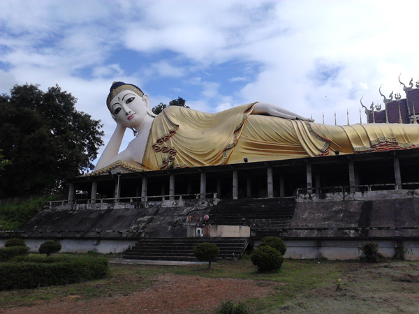 Придорожные красоты на стороне Таиланда