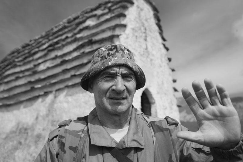 Ахриев Магомет Рашидович, башнесмотритель по Джейрахскому ущелью, село Джейрах, Ингушетия. «Люблю горы, не могу без них, я всю жизнь в этих горах. У нас в горах всегда гостя уважают, кто бы он не был».