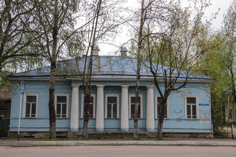дом в Устюжне