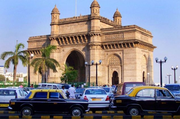 mumbai india travel guide to main A city quite unlike any other in the whole of india, mumbai (previously named bombay) is an island city, being located on salsette island, alongside the arabian sea with an appealing coastline, many of mumbai's top resorts and tourist attractions lie around its main beaches, which include both juhu beach and also girgaum chowpatty beach.