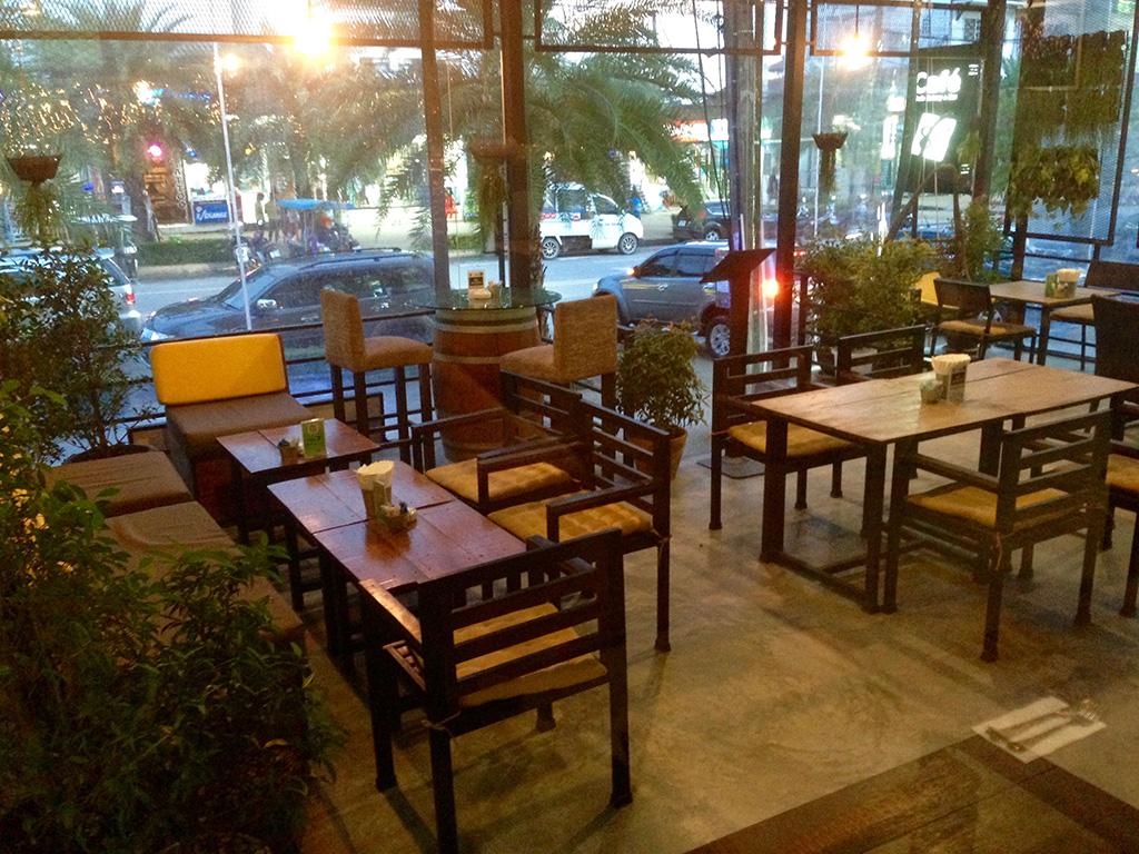 cafe-8-98_002