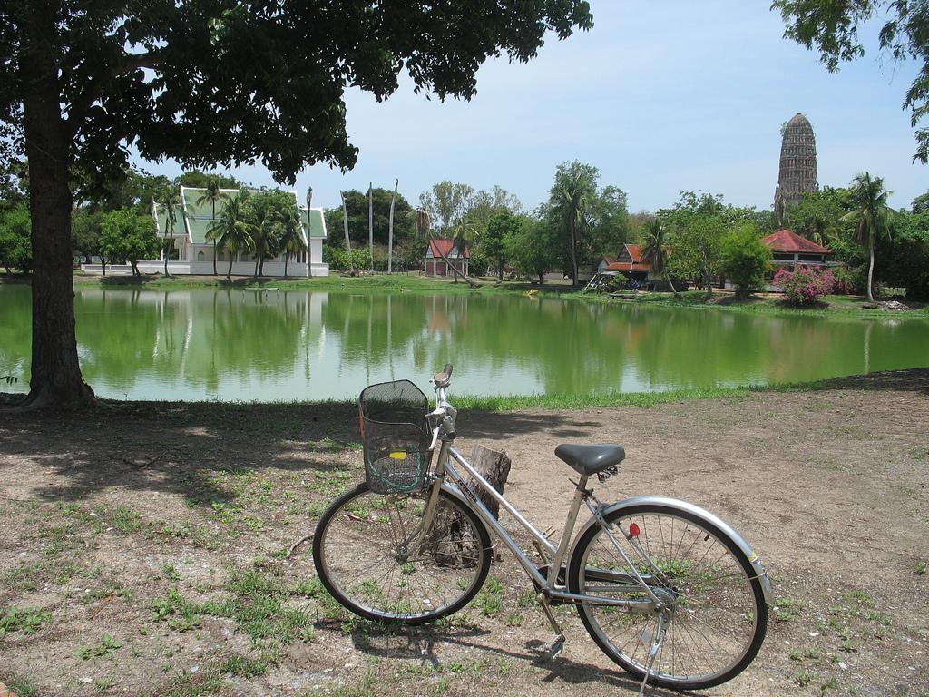 ayutthaya-by-bicycle