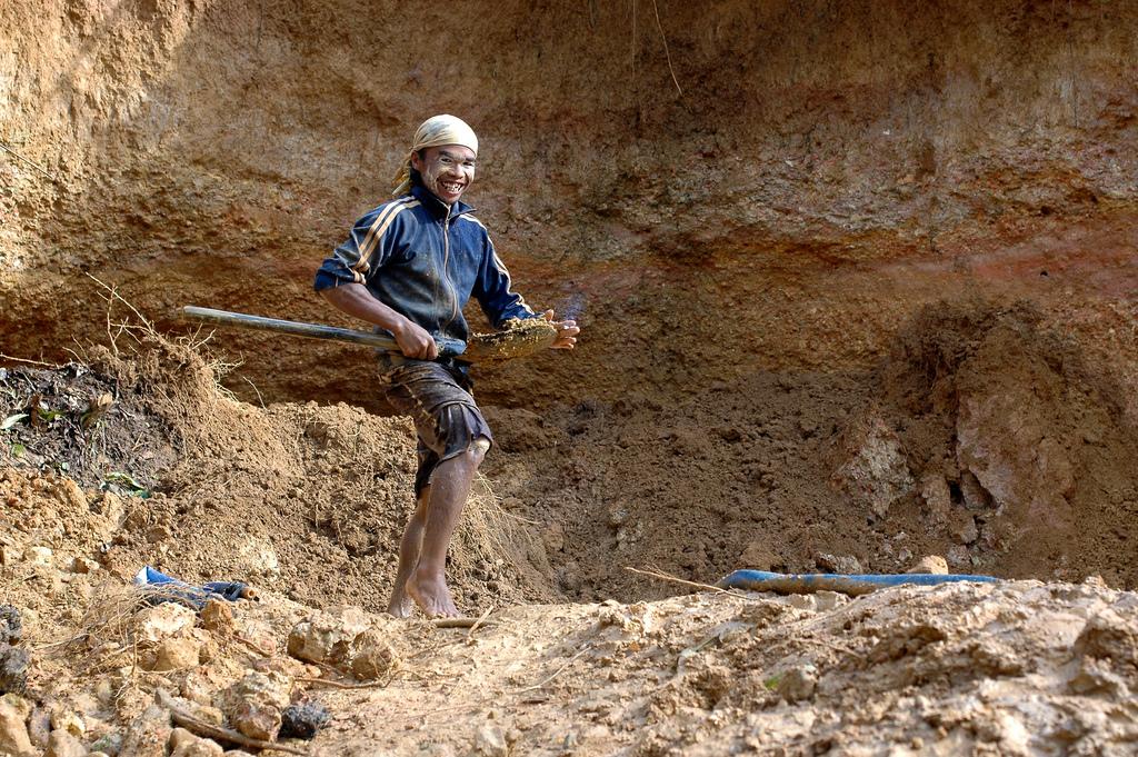 digging_diamnonds