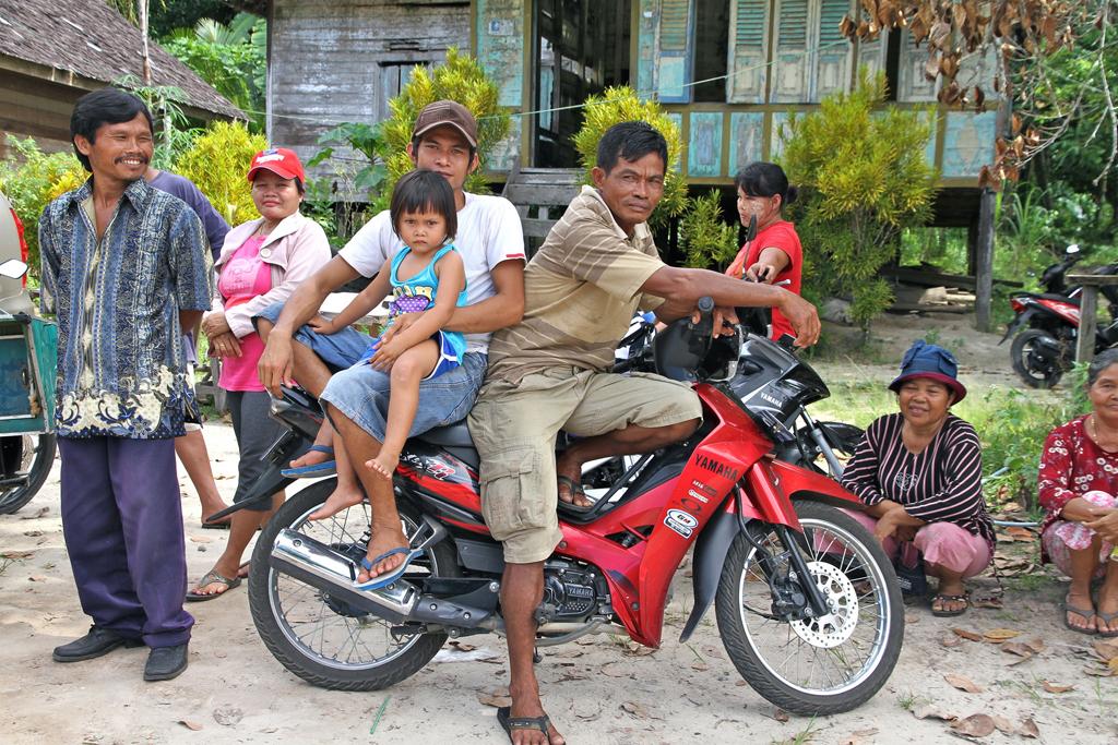 happy_people_indonesia